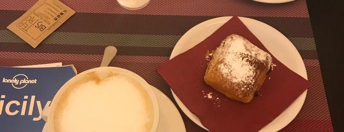 Caffè del Teatro Massimo is one of Cnn : понравившиеся места.