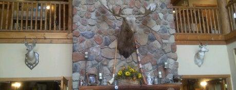 Lodge At Grants Trail B & B is one of Posti che sono piaciuti a Jillian.