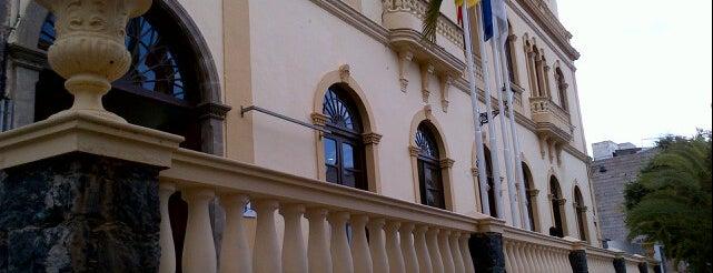 Ayuntamiento de Adeje is one of Evgenyさんのお気に入りスポット.