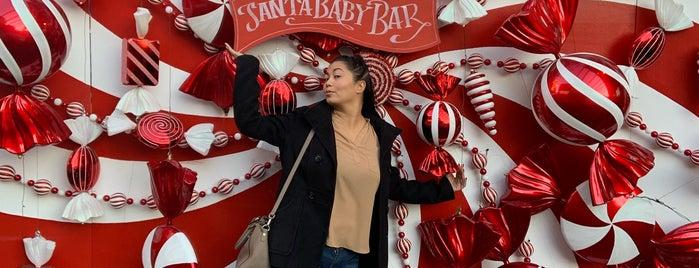 Santa Baby Christmas Bar is one of Posti salvati di Jeff.
