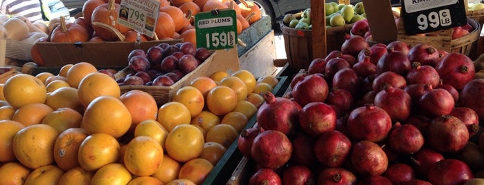 Dan's Fresh Produce is one of East Bay faves.