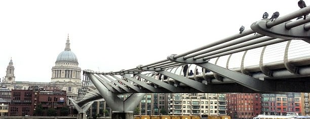 Millennium Bridge is one of LNDN.