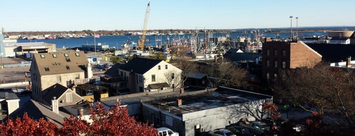 New Bedford Whaling Museum is one of Lieux qui ont plu à Liz.