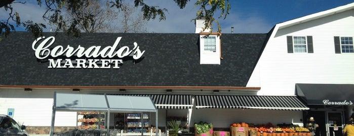 Corrado's Market is one of สถานที่ที่บันทึกไว้ของ Lizzie.