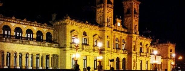 Ayuntamiento de San Sebastián / Donostiako Udala is one of bullshit.