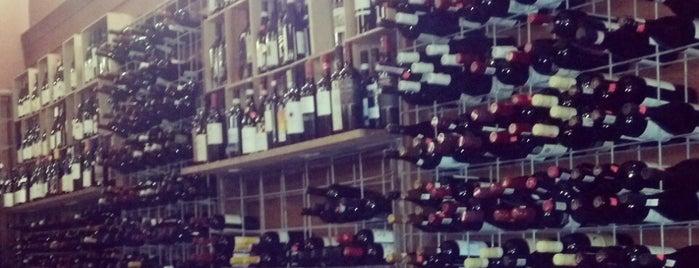 Top Ten Wines is one of Lieux qui ont plu à Jessica.
