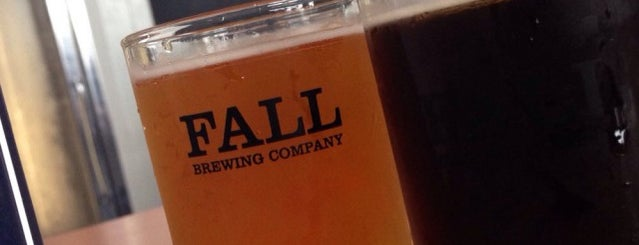 Fall Brewing Co. is one of John'un Beğendiği Mekanlar.