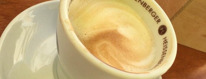 L'Angelique Cafe is one of Lieux sauvegardés par James.