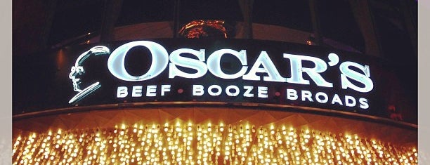 Oscar's Steakhouse is one of 10 restaurants in Vegas with cool bar scenes.