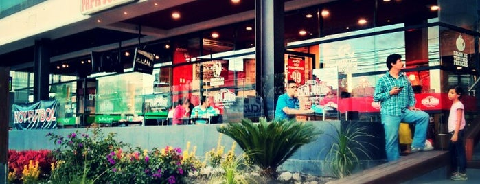 Papa John's is one of Querétaro :).