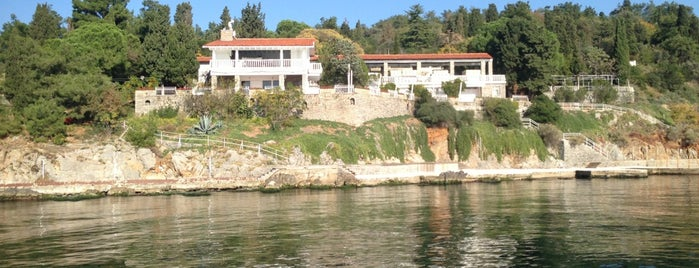 Sedef Adası is one of İstanbul'un Adaları.