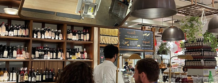 Il Pastaio di Eataly is one of Entangled Food.