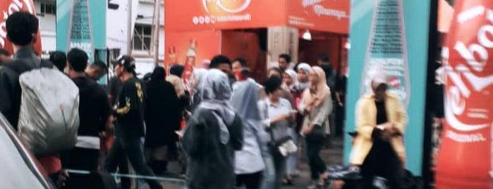 Jalan Braga is one of Bandung ♥.
