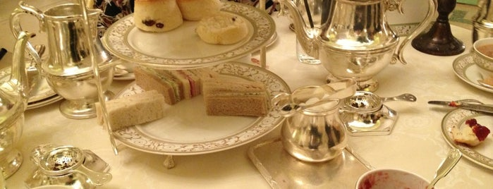The Ritz Restaurant is one of London's great locations - Peter's Fav's.