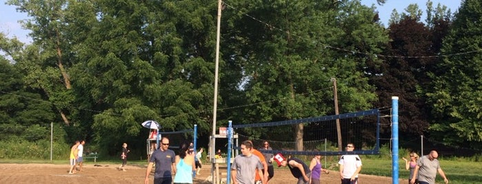 Rose Garden is one of Volleyball Spots.