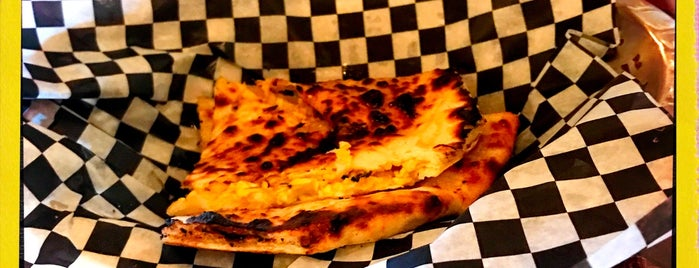 Sizzling Tandoor is one of Favorite Tips.