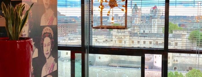 citizenM - 7th Floor Skybar is one of Luis'in Beğendiği Mekanlar.