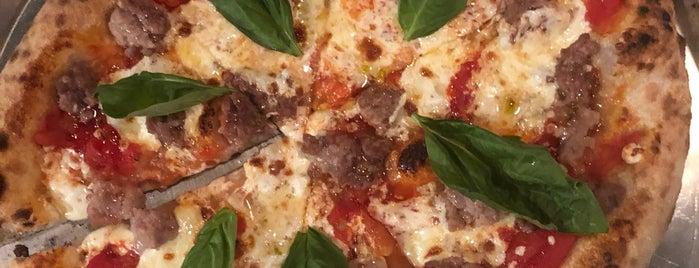 Dr. Pizza is one of Wookie 님이 좋아한 장소.