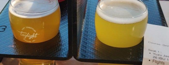 Taylight Brewing Inc is one of Posti che sono piaciuti a Stephanie.