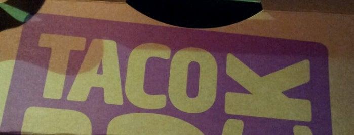 Taco Bell is one of สถานที่ที่ Cindy ถูกใจ.