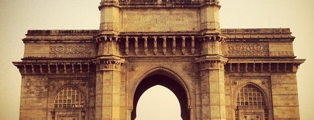 Gateway of India is one of Rajkamal Sandhu® 님이 좋아한 장소.