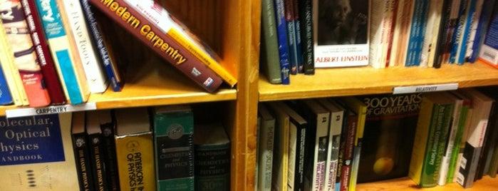 Powell's Books Bldg. 2 is one of Portlandeau.
