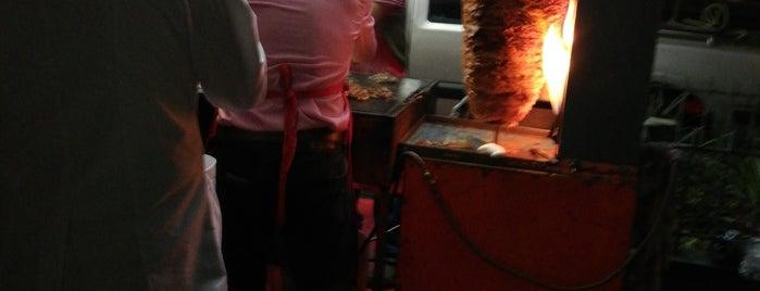 Tacos Los Juanes is one of Lugares favoritos de Danara.