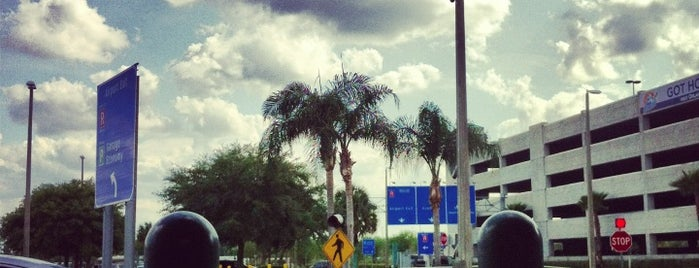 Orlando Sanford International Airport (SFB) is one of Free WiFi Airports 2.