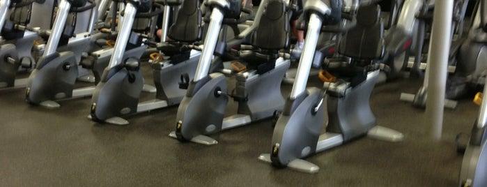 Chuze Fitness is one of Orte, die Lisa gefallen.
