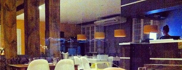 Seasons Global Cuisine & Tapas is one of Restaurantes Preferidos.