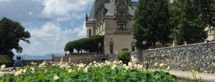 The Biltmore Estate is one of Lisaさんのお気に入りスポット.