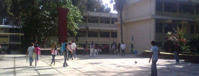 Facultad de Humanidades UV is one of Posti che sono piaciuti a Karen M..