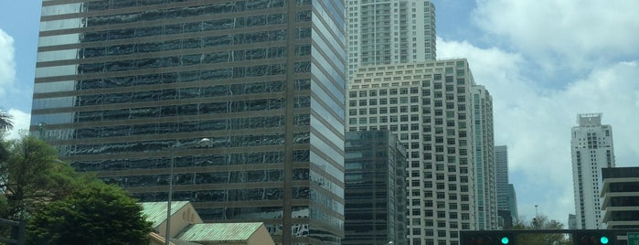 Bank of America Building is one of Tempat yang Disukai jordi.