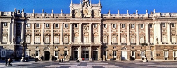 Palacio Real de Madrid is one of The best in Europe.