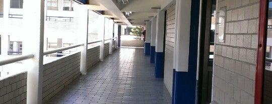 Edificio C is one of Locais curtidos por Miguel.