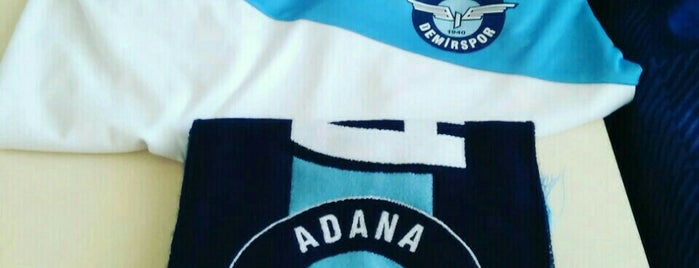 Adana Demirspor Amsterdam Çıkmazı is one of Lieux qui ont plu à Hakan.