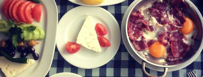 Göreme Muhallebicisi is one of Top 10 dinner spots in Istanbul, Türkiye.