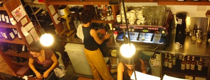 OR Coffee Bar is one of Locais salvos de Elizabeth.