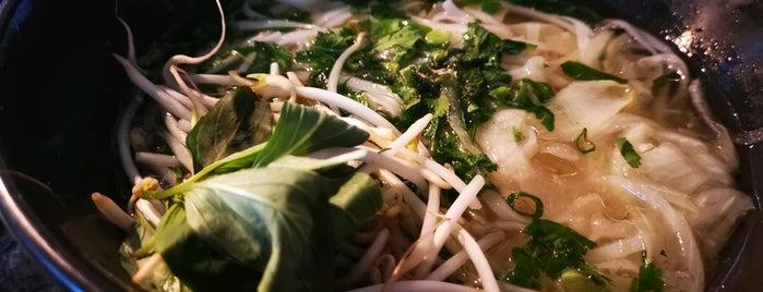 Pho Tinh is one of Locais curtidos por Itco.