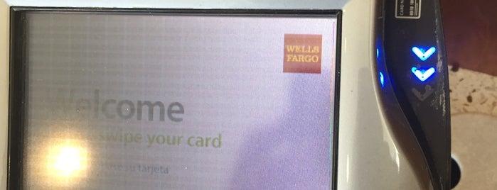 Wells Fargo Bank is one of Jana: сохраненные места.