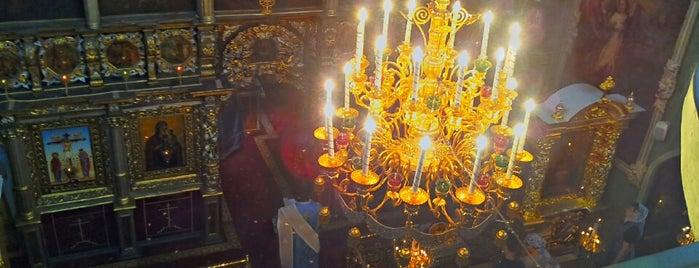 Храм Живоначальной Троицы в Останкине is one of Posti che sono piaciuti a Anton.