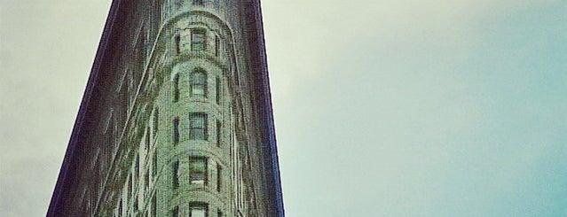 Flatiron Building is one of Nova York.