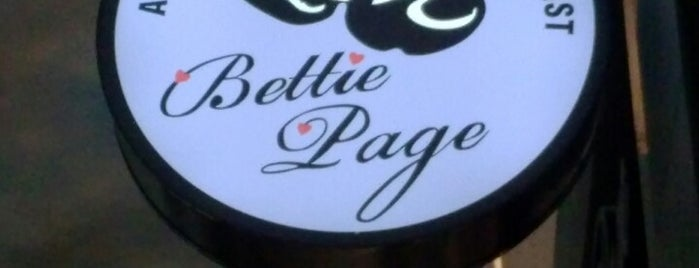 Bettie Page is one of Las Vegas Racked 38.