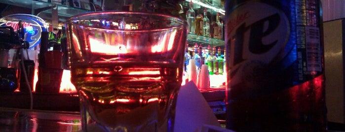Mulligan's Shot Bar is one of Fun.