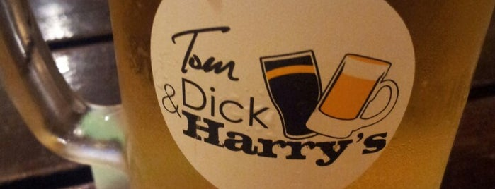 Tom, Dick & Harry's is one of Lieux qui ont plu à Rahmat.