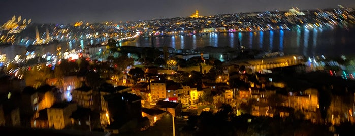 Hamdi Restaurant Pera is one of İstanbul.