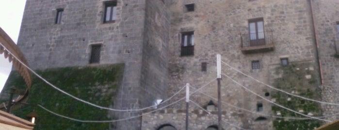 Castello di Limatola is one of Orte, die Antonio gefallen.
