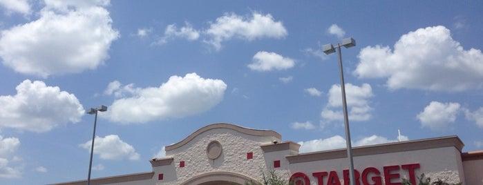 Target is one of Lugares favoritos de Sarah.