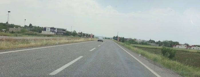 Bismil - Diyarbakir Otoyol is one of Orte, die Ayşegul gefallen.