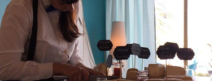 Taronja Negre Mar is one of Restaurantes favoritos.